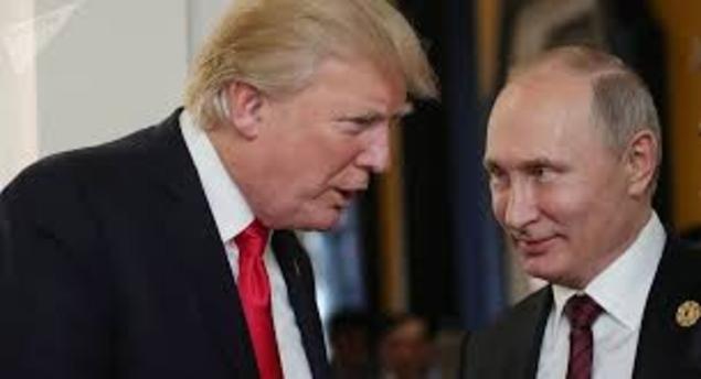 Devant Poutine, Donald Trump ne croit pas à l'interférence de la Russie